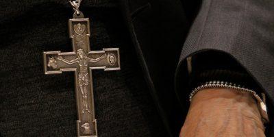 Monja que fue violada en monasterio demandó al Arzobispado de Santiago