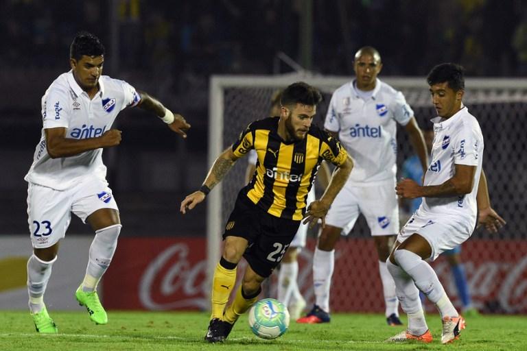 Peñarol vs. Nacional / AFP