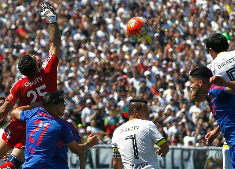Colo Colo vs. Universidad de Chile / Photosport