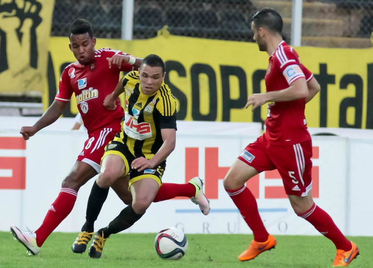 Caracas FC vs. Deportivo Táchira / deportivotachira.com