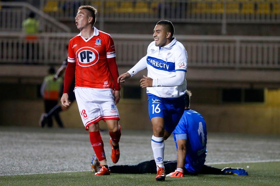 Jeisson Vargas marcó dos goles en el 4-1 de la UC sobre La Calera en enero de 2016 / Photosport