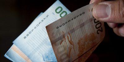 Mujer denunció que AFP le pagaría el bono por hijo en cuotas hasta el año 2093