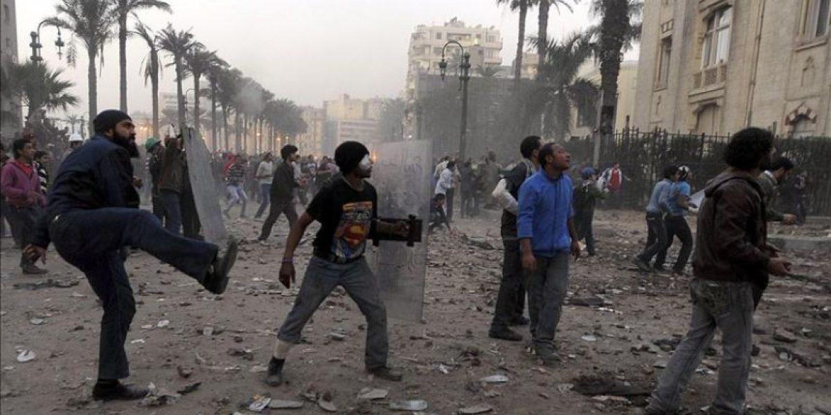 La Junta Militar egipcia elude responsabilidad en los disturbios y acusa a terceros