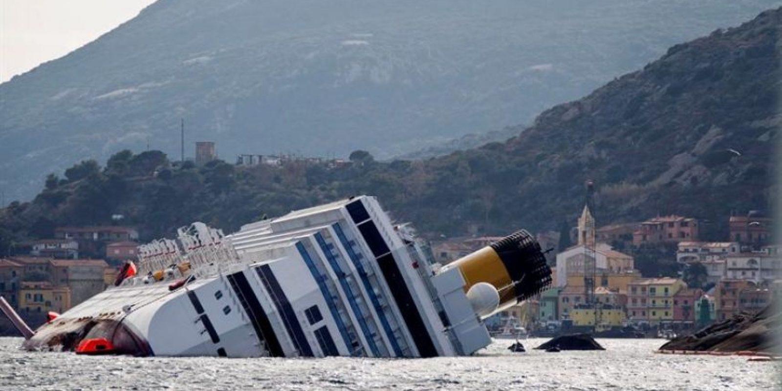 El crucero naufragó el pasado 13 de enero con más de 4.000 personas a bordo. Foto:EFE
