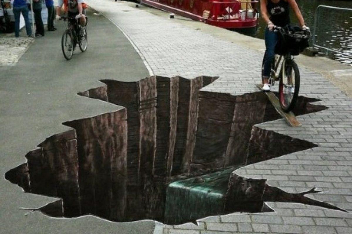 Un buen dibujo puede hacerlo dudar de la realidad. Foto:9gag.com
