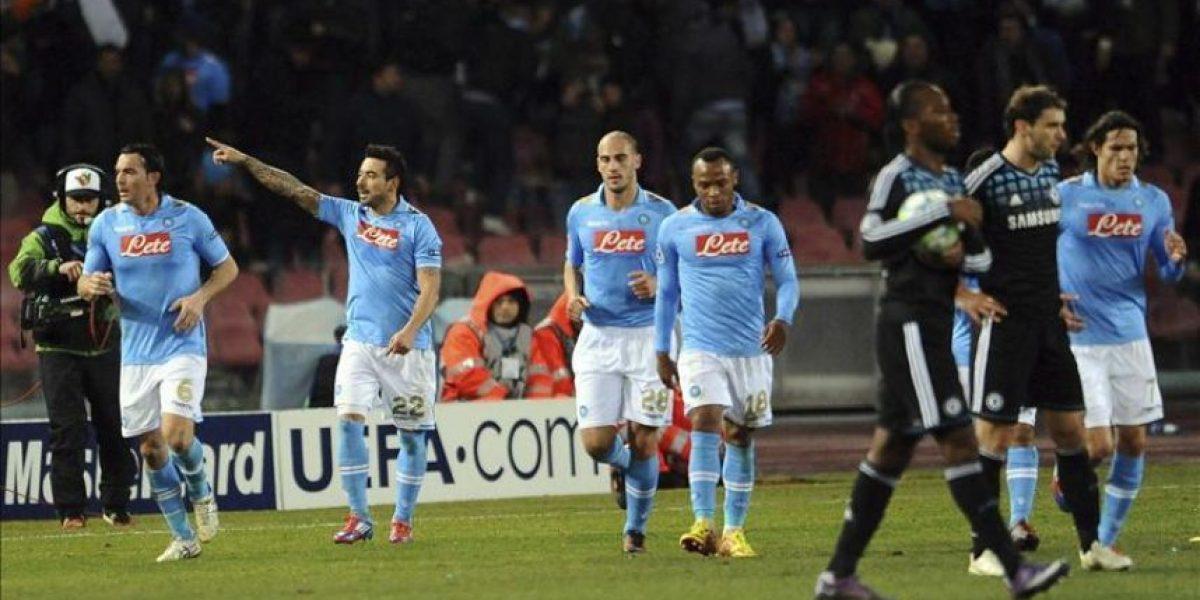 3-1. Lavezzi y Cavani allanan el pase del Nápoles a cuartos frente al Chelsea