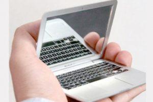 Espejo laptop Foto:buzzfeed.com