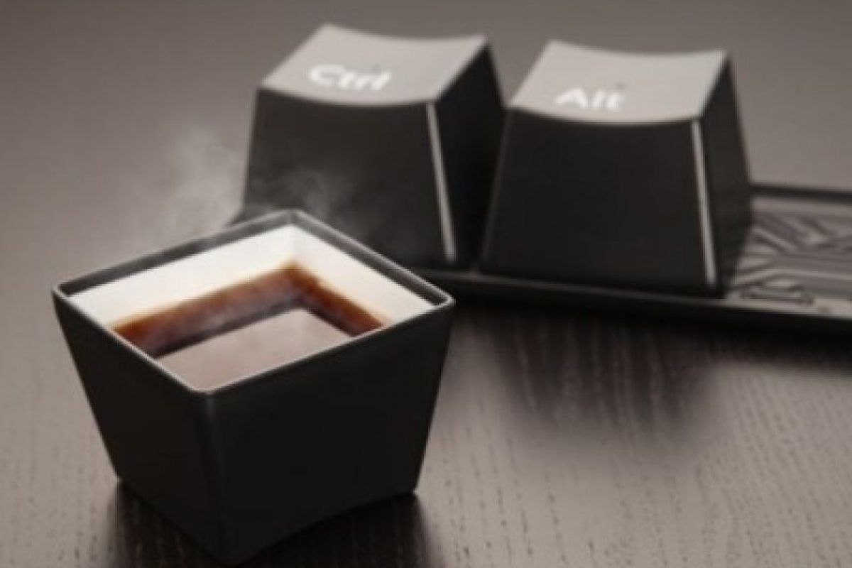 Tazas de café en forma de teclas Foto:buzzfeed.com