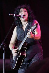 La cantante Rosana, durante un concierto en Murcia. EFE/Archivo