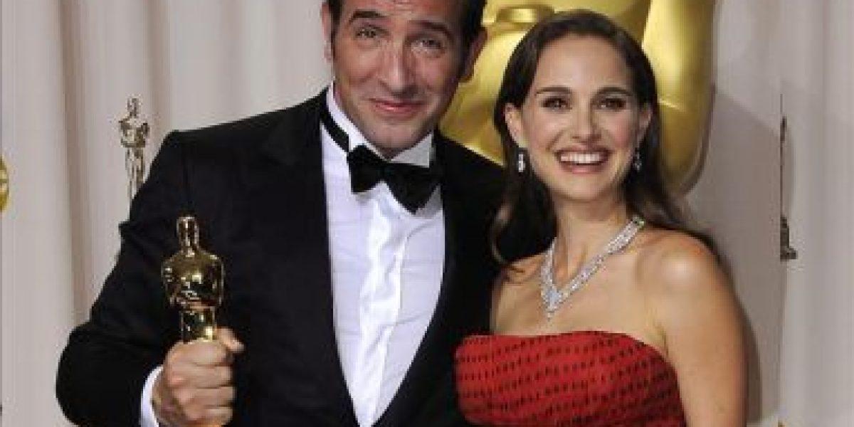Jean Dujardin logra el Óscar como mejor actor que disputaba Demián Bichir