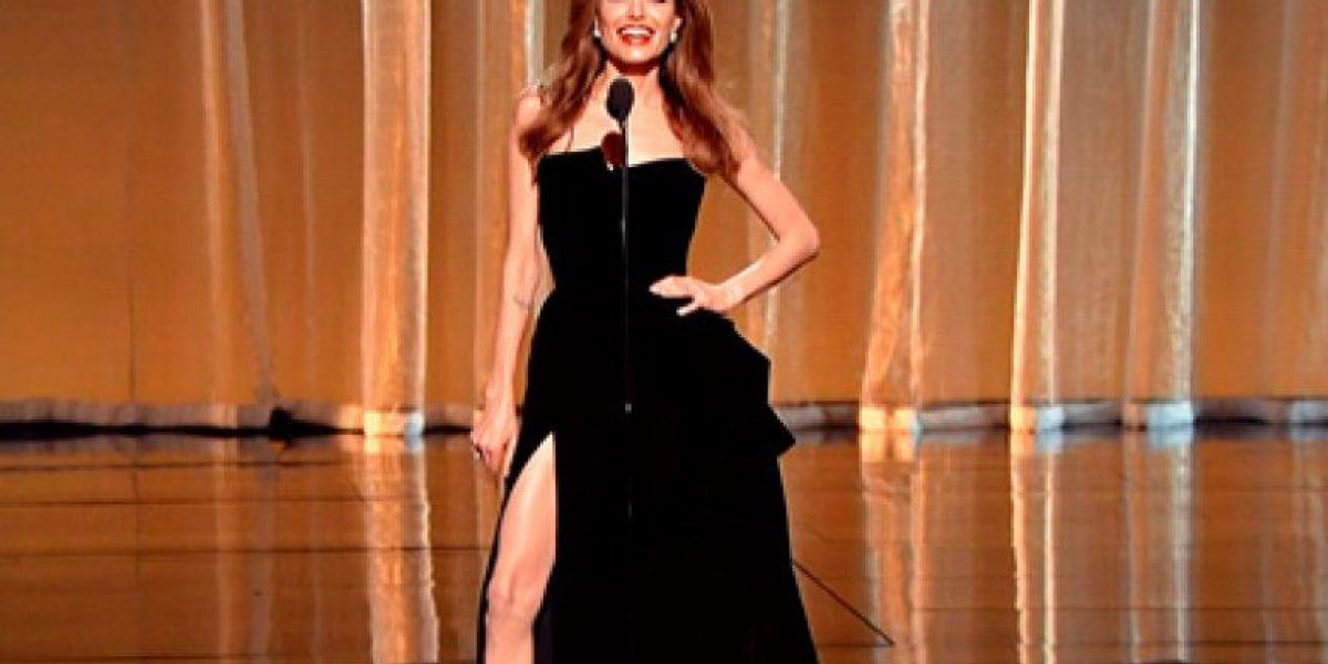 Las 10 mejores fotos de la pierna de Angelina Jolie