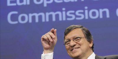 El presidente de la Comisión Europea, José Manuel Durao Barroso, comparece en una rueda de prensa en la víspera de la reunión de jefes de Estado y de Gobierno comunitarios hoy en Bruselas, Bélgica. EFE