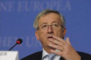 El presidente del Eurogrupo, Jean-Claude Junker, habla sobre el Mecanismo de Estabilidad Europea durante la rueda de prensa ofrecida en la reunión entre los ministros de Finanzas europeos en Luxemburgo. EFE/Archivo
