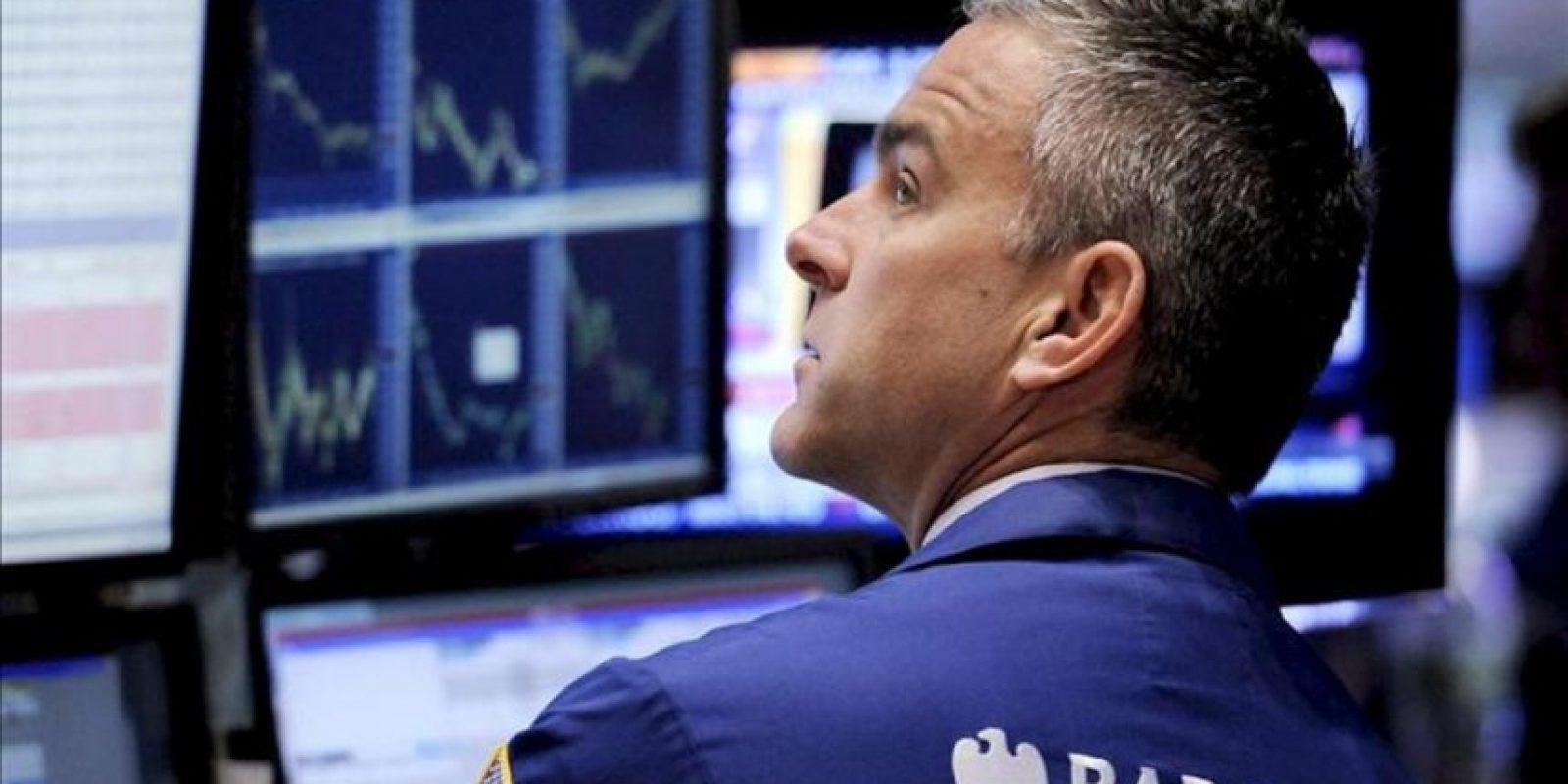 Al cierre de las contrataciones en el parque neoyorquino, el índice Dow Jones de Industriales subió el 1,23 por ciento (160,52 puntos) hasta alcanzar las 13.241,25 unidades. EFE/Archivo