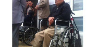 Pacientes de la tercera edad tuvieron que esperar cuatro horas para que la entidad de salud les autorizara el servicio de diálisis.