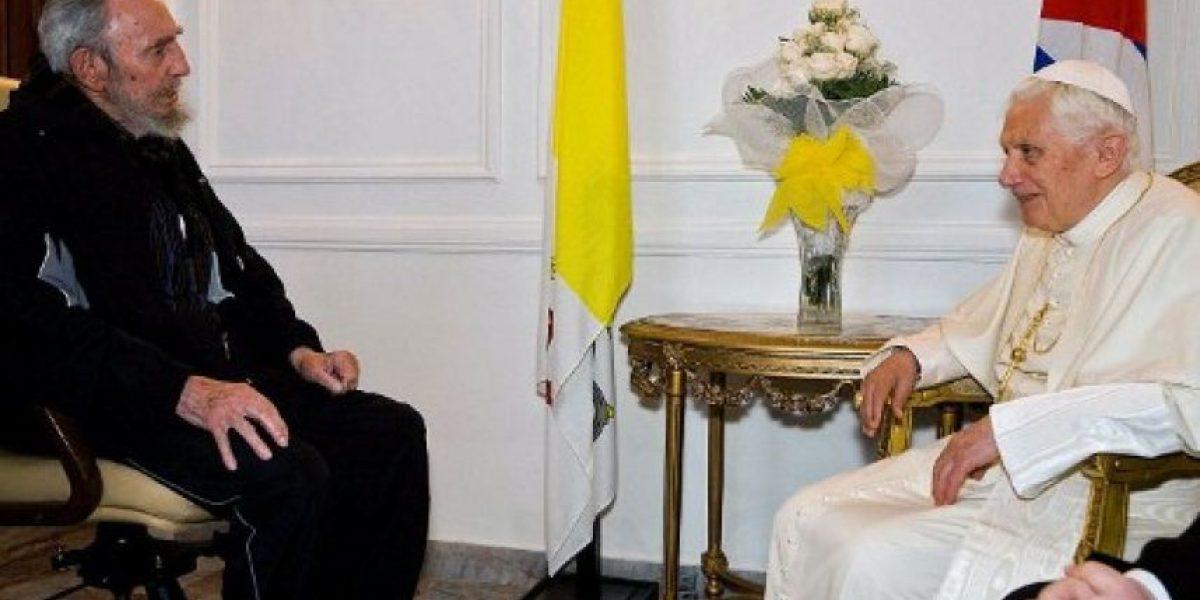 [Fotos] Benedicto XVI se reunió con Fidel Castro, que le preguntó: ¿qué hace un papa?