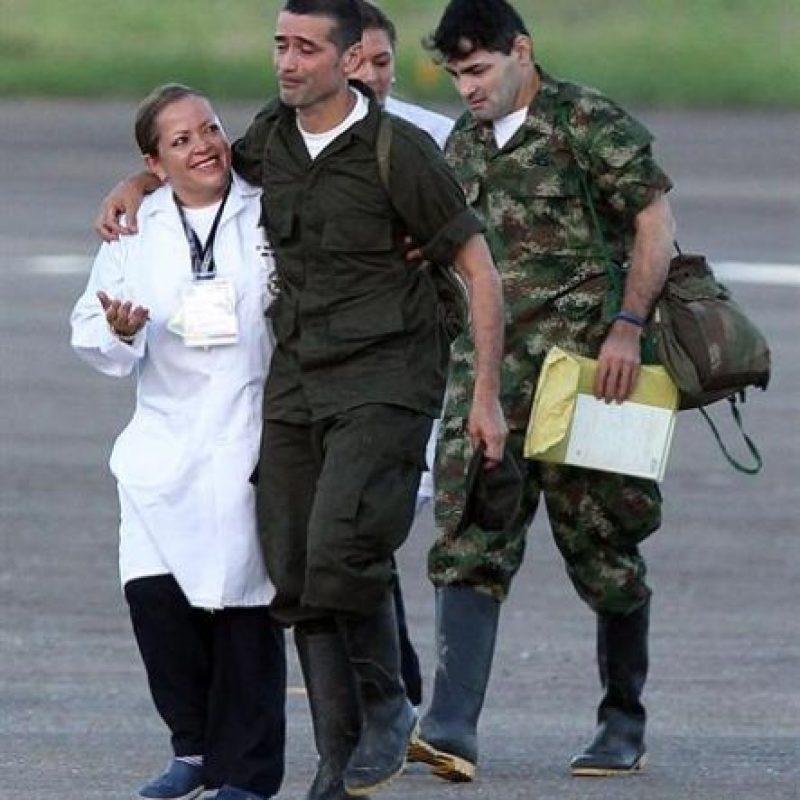Intendente Jorge Trujillo Solarte y Sargento Luis Alfonso Beltrán Foto:E