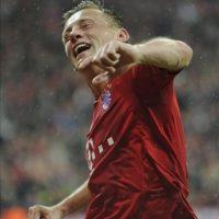 El jugador del Bayern de Múnich, Ivica Olic, celebra el segundo gol conseguido ante el Olympique de Marsella, en el partido de vuelta de cuartos de final de la Liga de Campeones, en el Allianz Arena de Múnich, Alemania. EFE