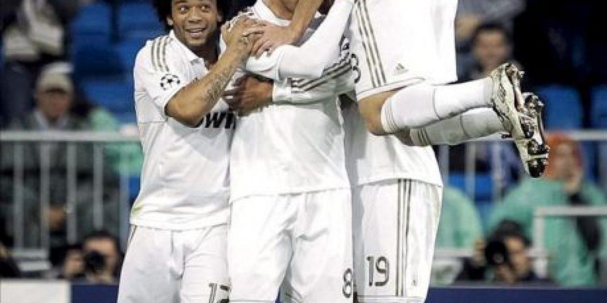 5-2. Kaká y Cristiano guían el camino a semifinales