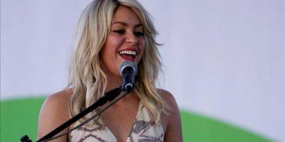 La cantante colombiana Shakira habla durante la presentación de la obra social Primero lo Primero en Cartagena (Colombia). EFE