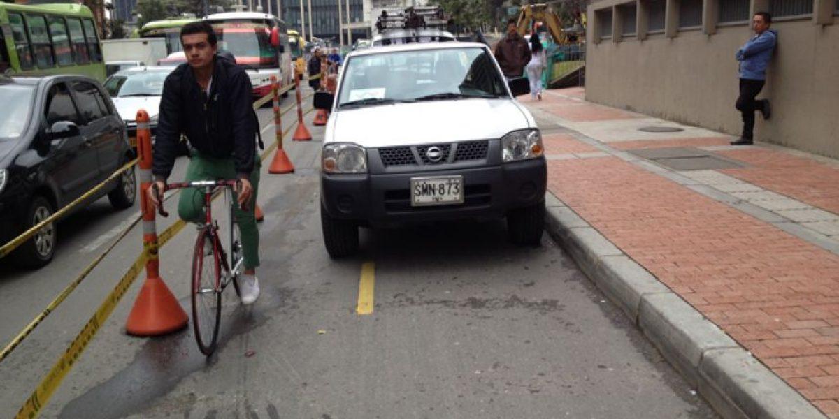 [Fotos] Múltiples obstáculos en la ciclorruta de acceso al centro