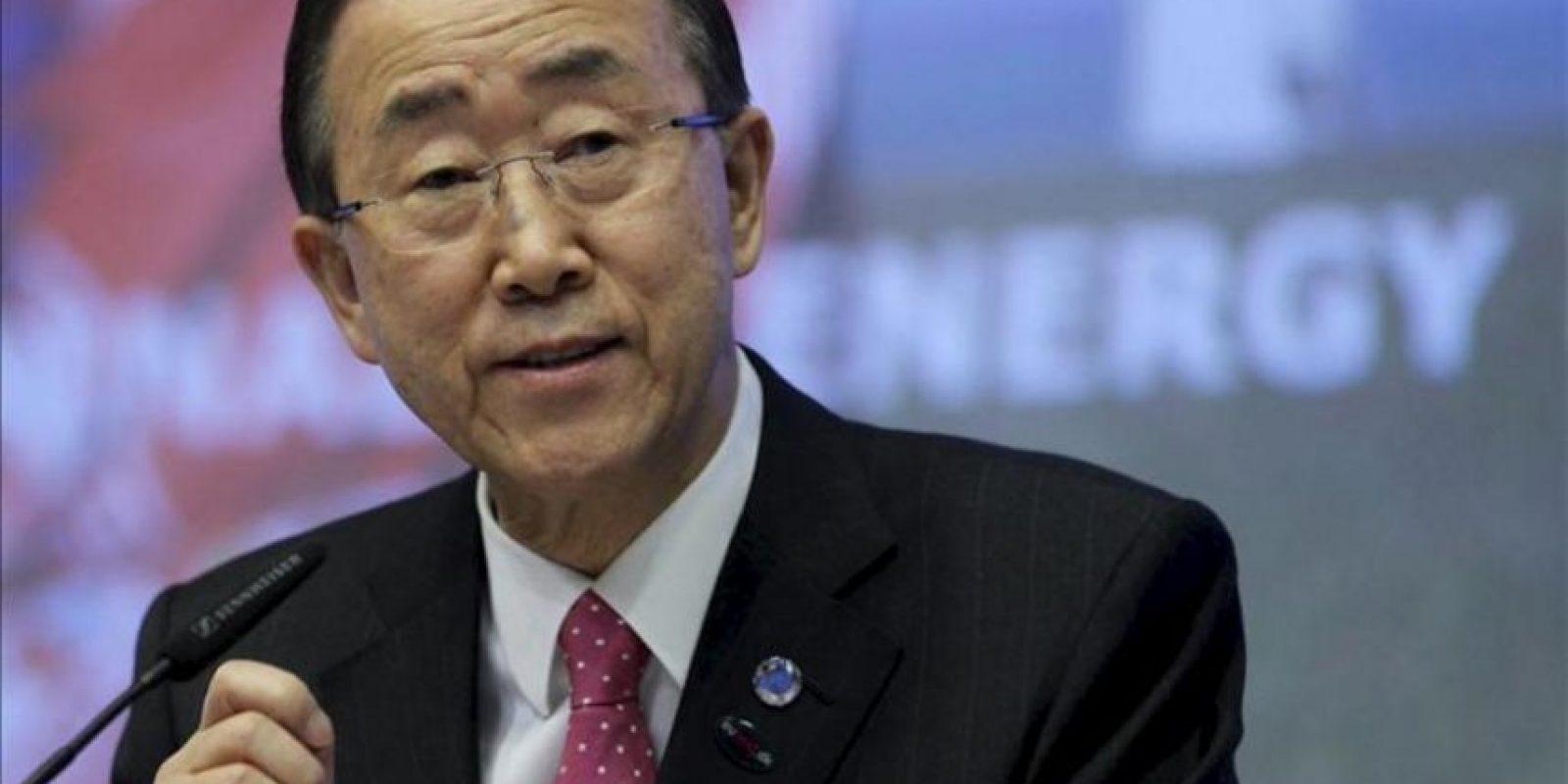 El secretario general de Naciones Unidas, Ban Ki-moon, interviene durante la Cumbre de Energía Sostenible que se celebra en Bruselas (Bélgica). EFE