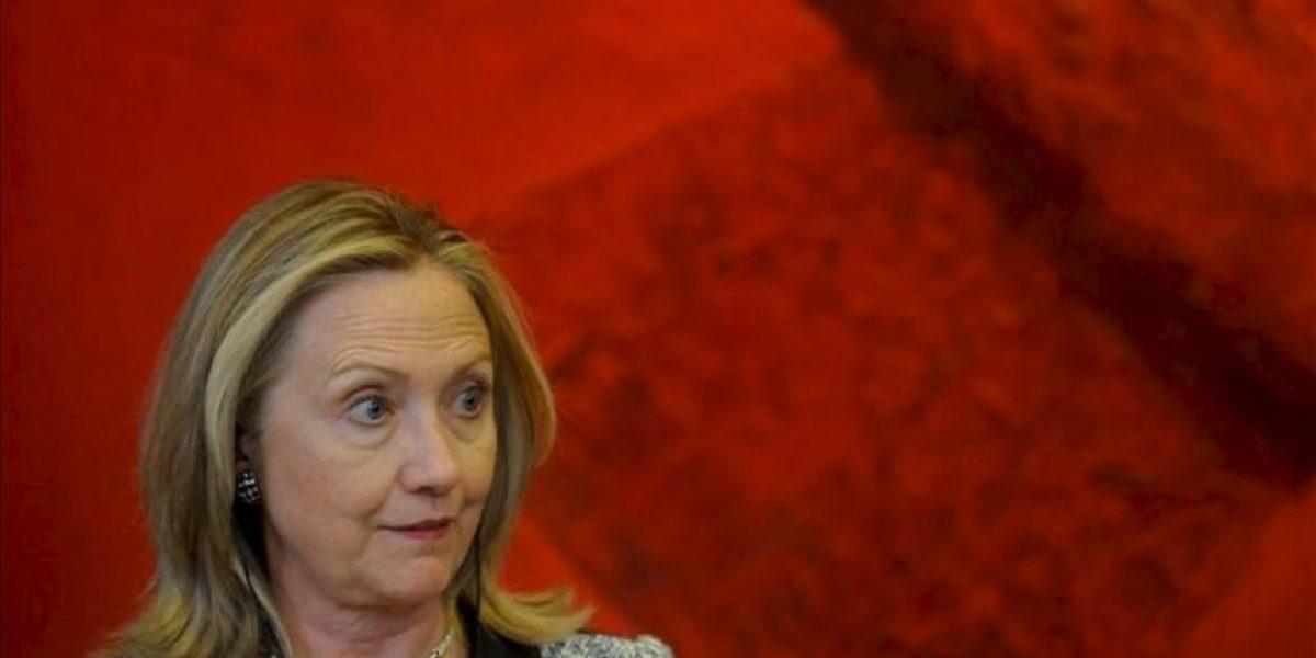 Clinton dice que la insurgencia está fracasando en Afganistán
