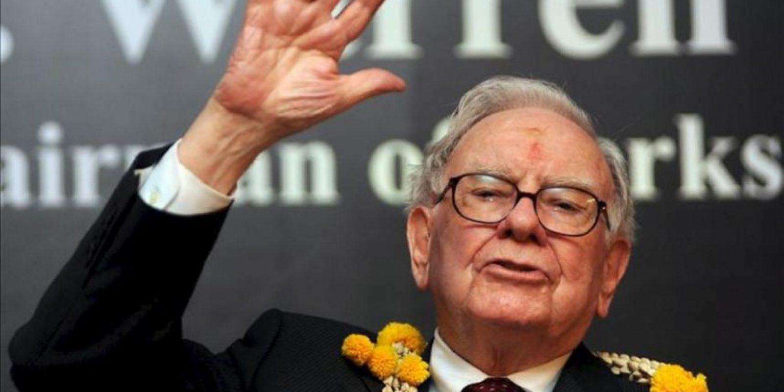 Imagen de archivo del 23 de marzo de 2011, que muestra al estadounidense Warren Buffett, presidente y director ejecutivo de Berkshire Hathaway. EFE/Archivo