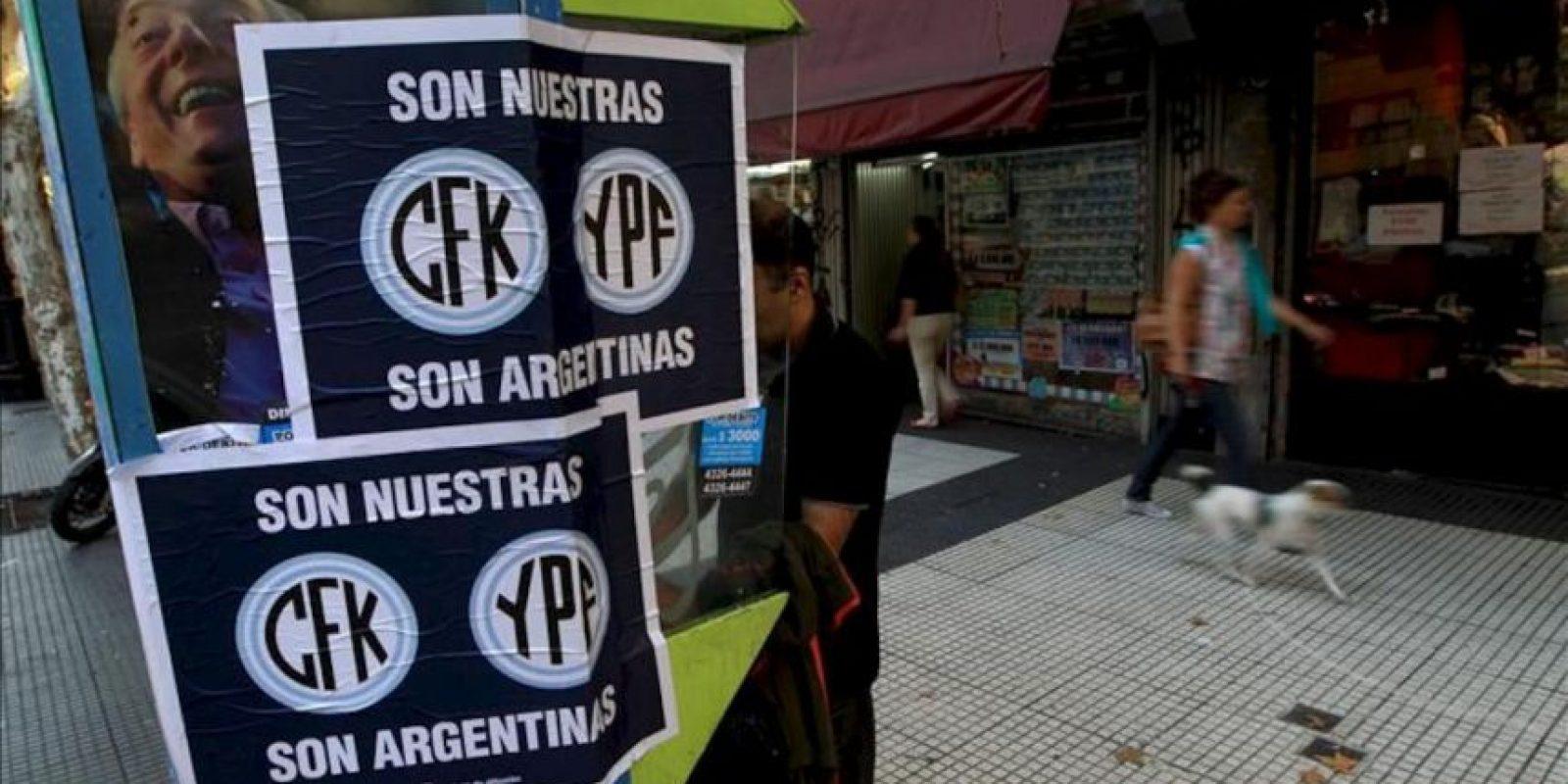 El senador oficialista Aníbal Fernández dijo que, al igual que la petrolera, YPF Gas será declarada de utilidad pública y sujeta a expropiación en el proyecto de ley que tramita el Congreso argentino. EFE/Archivo