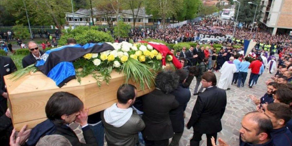 Italia despide al centrocampista Morosini en un entierro multitudinario
