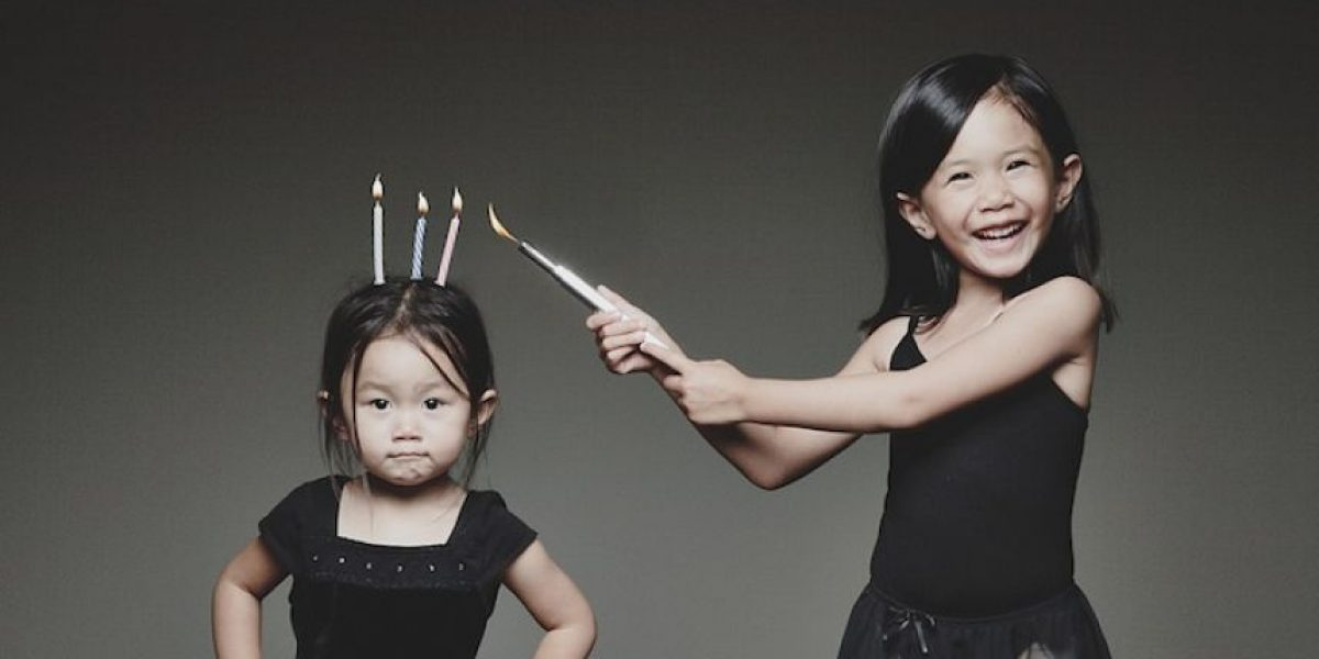 Derroche de creatividad el de este padre al fotografiar a sus hijos
