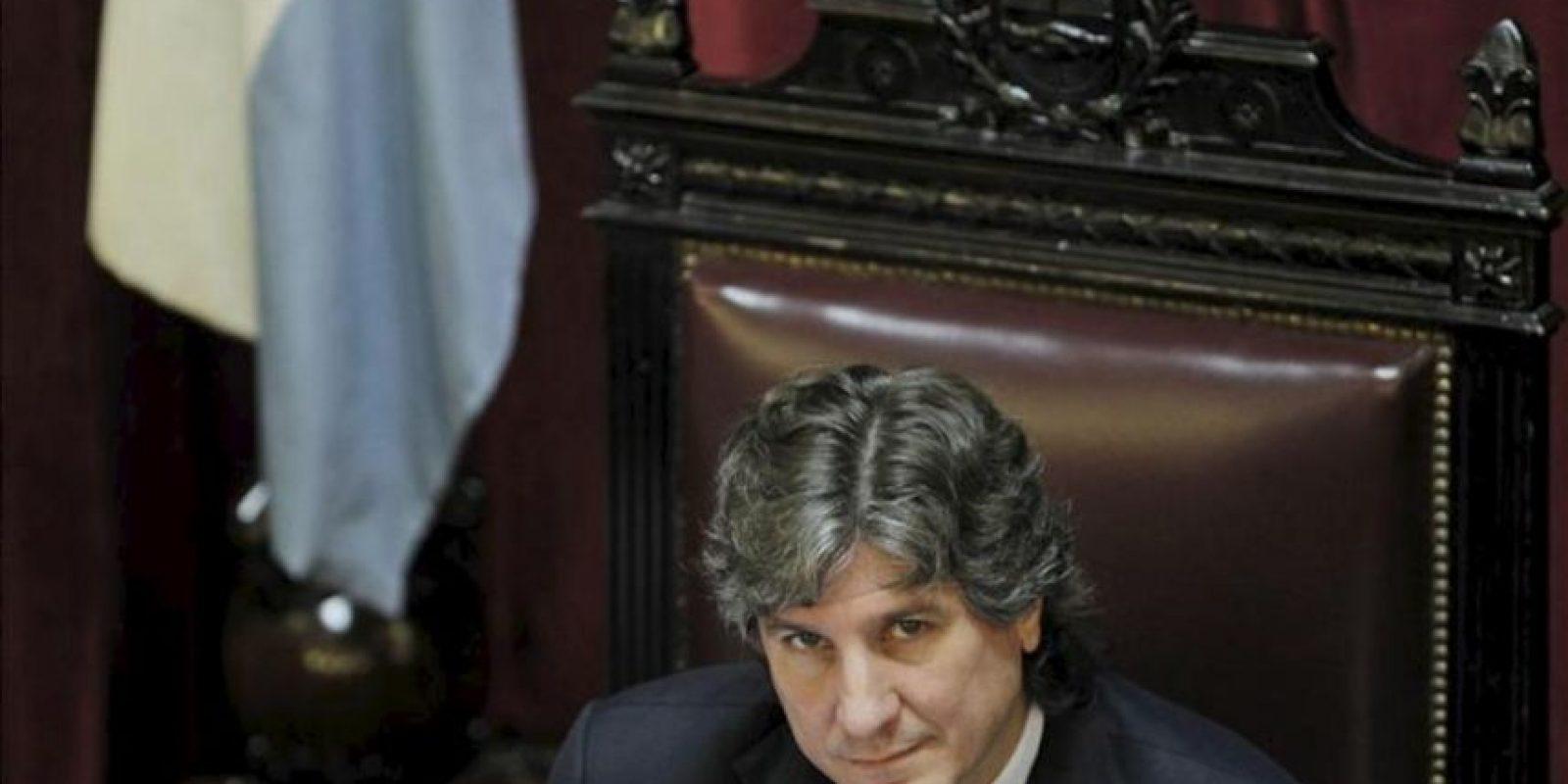 El vicepresidente de Argentina y presidente del Senado, Amado Boudou, participa en el debate sobre el proyecto de ley que impulsa el Gobierno para la expropiación del 51 por ciento de las acciones de la petrolera YPF a la española Repsol en Buenos Aires (Argentina).EFE