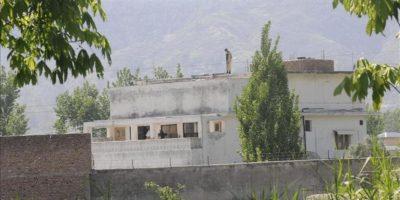 Vista general del complejo (rodeado por un muro protegido con una alambrada de espino) donde presuntamente las fuerzas estadounidenses mataron al líder de la red terrorista Al Qaeda, Osama Bin Laden, en la localidad de Abbotabad, Pakistán. EFE/Archivo