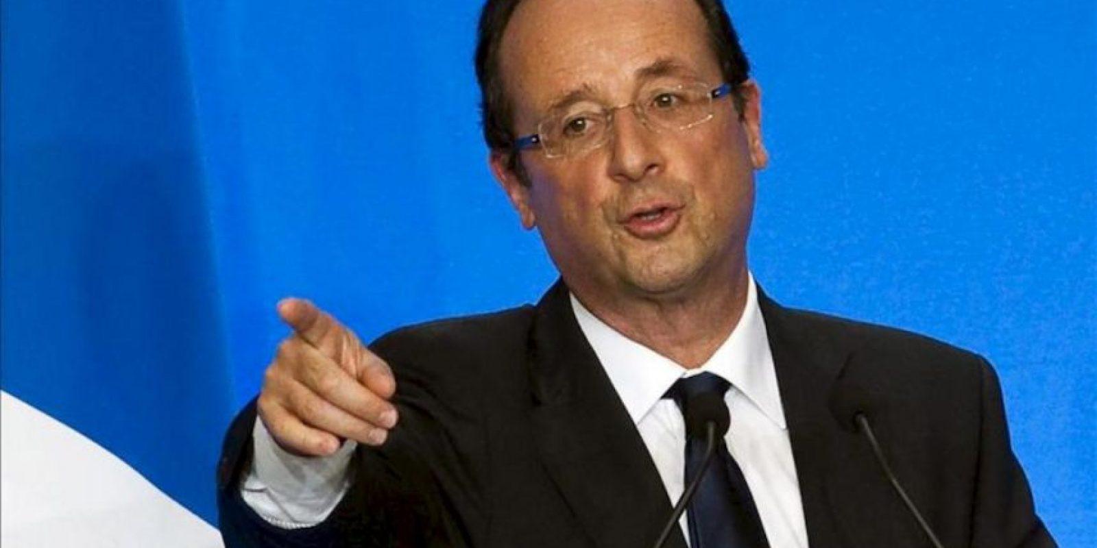"""El candidato socialista a la presidencia de Francia, François Hollande, reiteró hoy su intención de renegociar el pacto fiscal europeo y aseguró que la canciller alemana, Angela Merkel, """"no puede decidir por toda Europa"""". EFE/Archivo"""