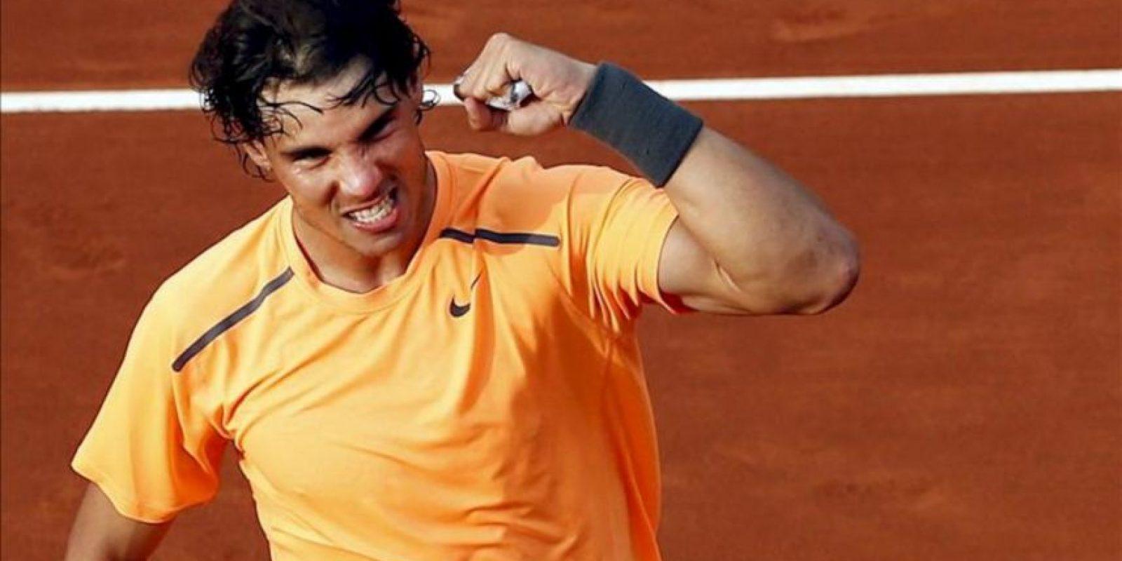 El tenista mallorquín Rafa Nadal celebra su victoria en el partido de cuartos contra el serbio Janko Tipsarevic. EFE
