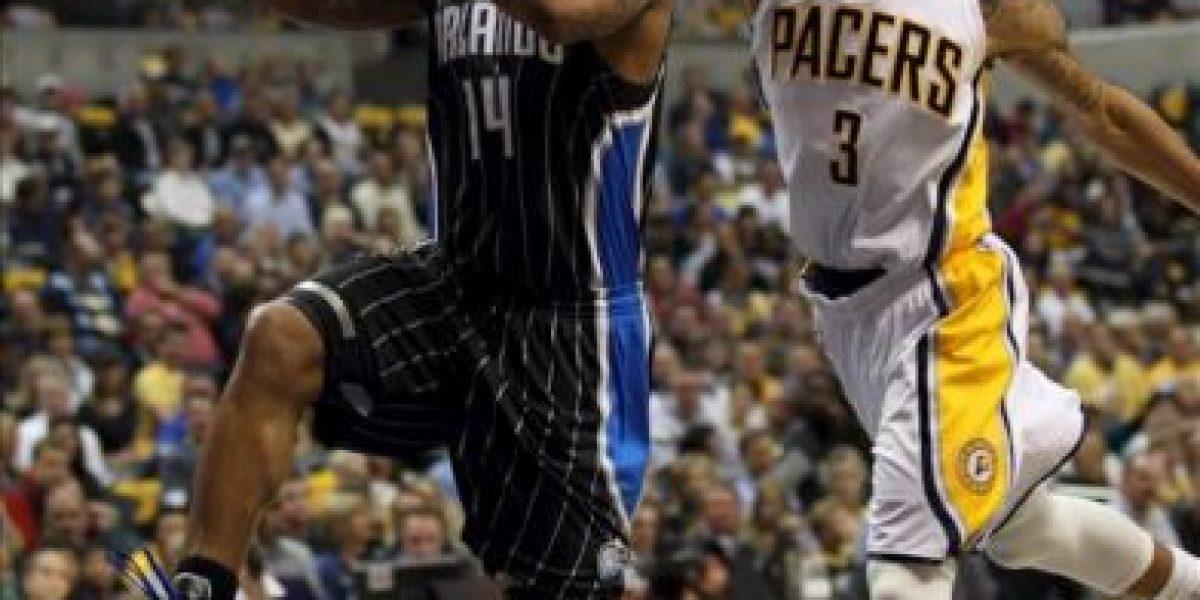 77-81. Davis hizo de Howard y los Magic sorprenden a los Pacers
