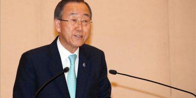 El secretario general de la ONU, Ban Ki-moon, se dirige al Parlamento de Birmania (Myanmar) donde ofreció el apoyo total del organismo a la reforma democrática y dijo que ha llegado la hora de levantar las sanciones a este país, en Naypyidaw, la capital de Birmania, el lunes 30 de abril de 2012. EFE