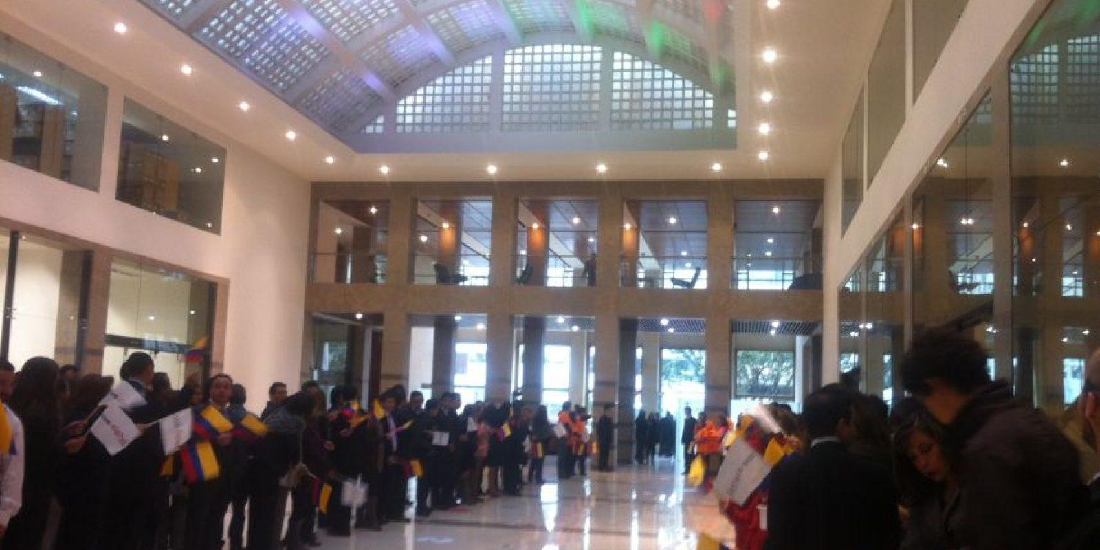 A las 9:00 de la mañana llegaron a las instalaciones del Ministerio