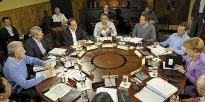 El presidente de Estados Unidos, Barack Obama (c) preside una sesión de trabajo de la Cumbre del G8 celebrada en Camp David (Estados Unidos). EFE