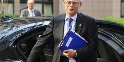 El presidente del Consejo Europeo Herman Van Rompuy a su llegada a la cumbre europea celebrada en Bruselas, Bélgica. EFE