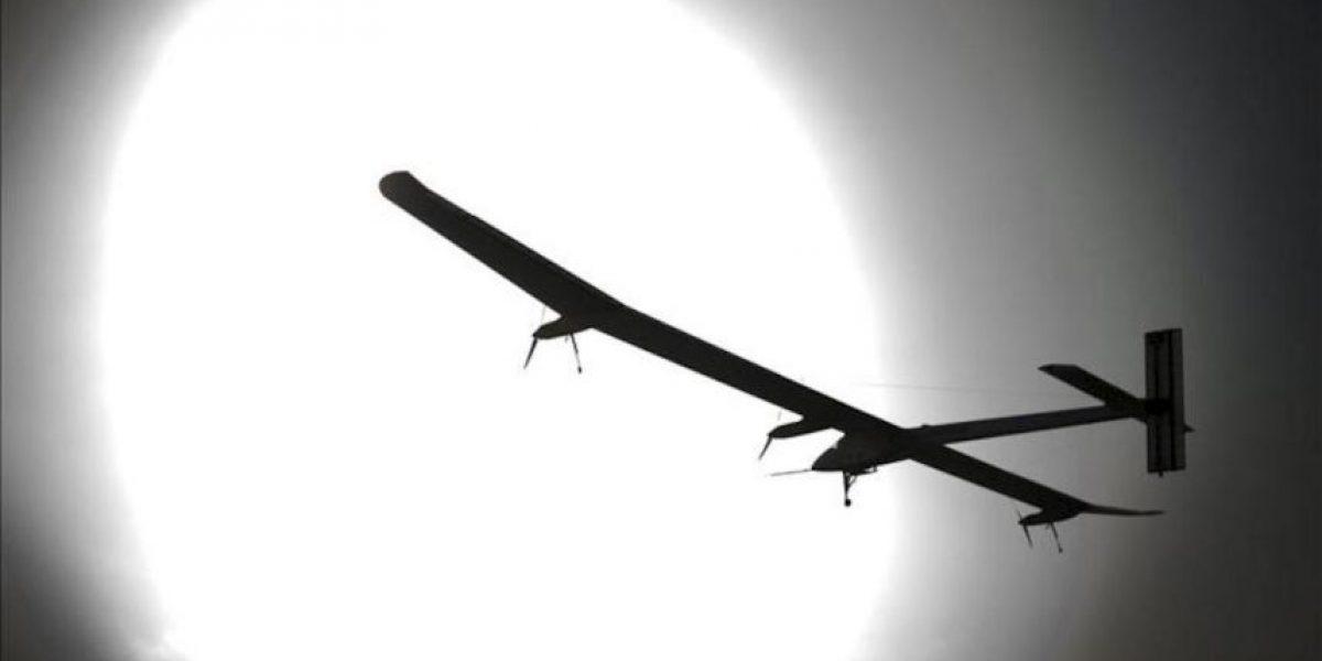 El avión Solar Impulse despega de Suiza rumbo a Rabat, con escala en Madrid