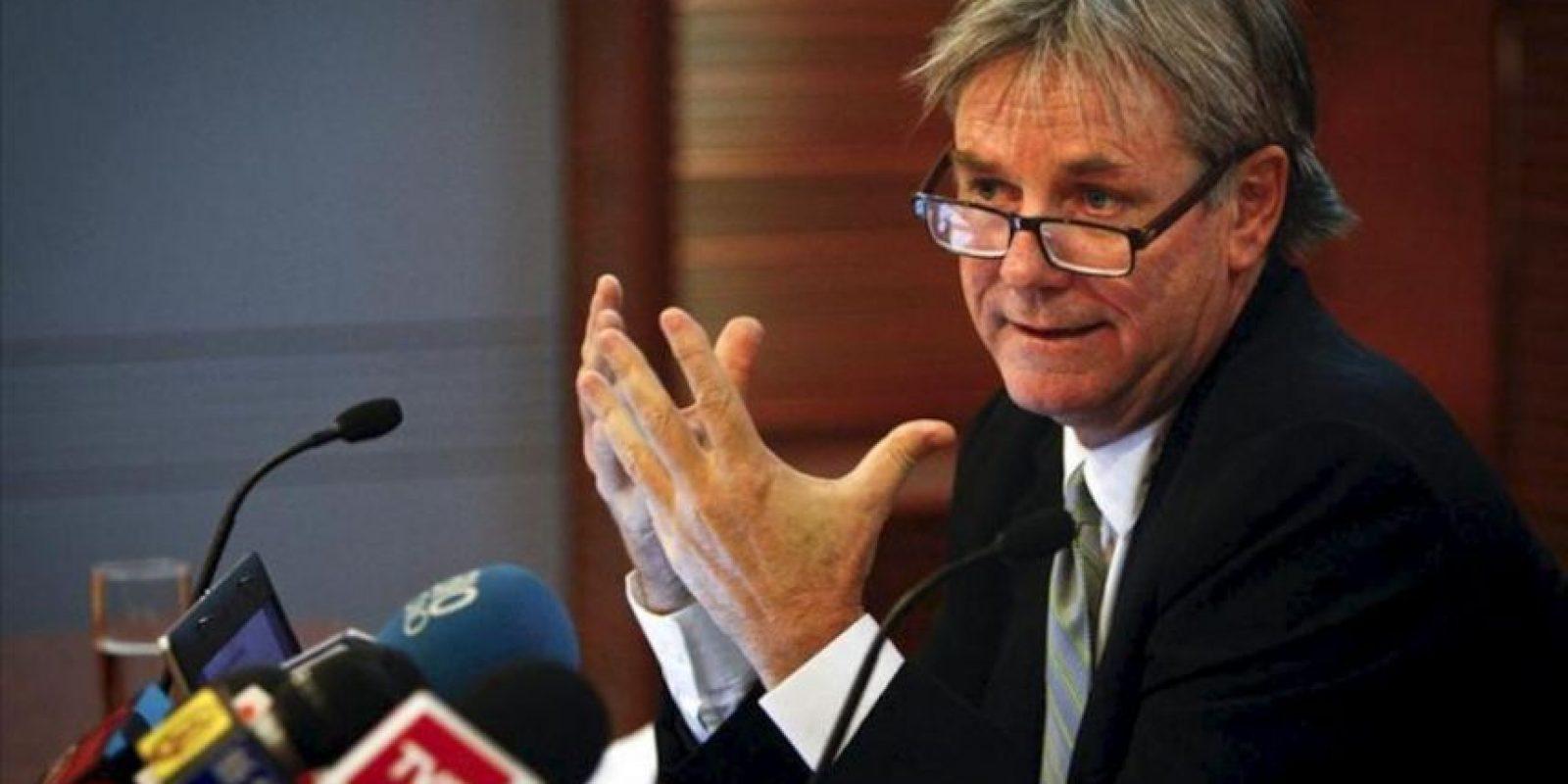 Fotografía cedida del vicepresidente de Administración y Finanzas de la empresa estatal chilena Codelco, Thomas Keller Lippold, durante una rueda de prensa en Santiago. EFE/CODELCO