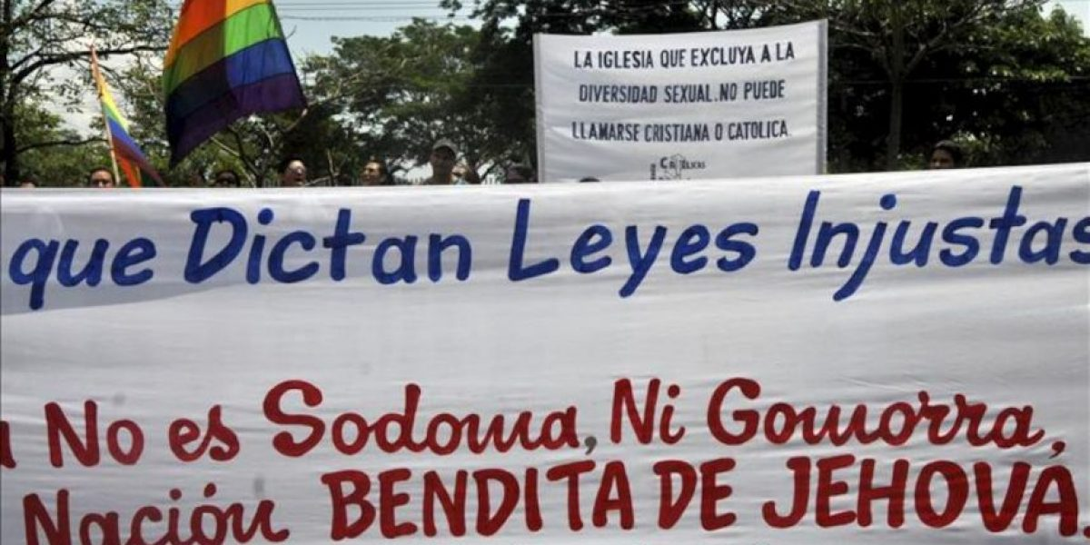 Protestas simultáneas a favor y en contra de los matrimonios gay en Nicaragua