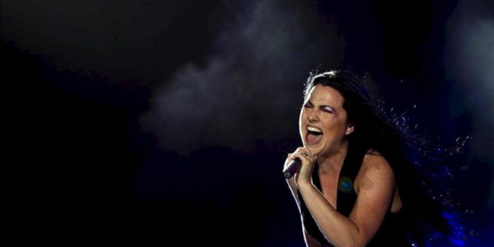 La cantante de la banda estadounidense Evanescence, Amy Lee, se presenta en concierto durante la primera jornada del festival Rock in Rio 2012, en Lisboa (Portugal). EFE