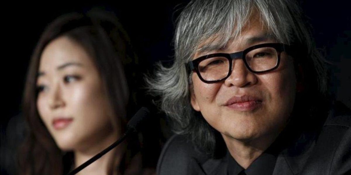 El surcoreano Im Sang-soo vuelve a Cannes y repite sus críticas a los ricos