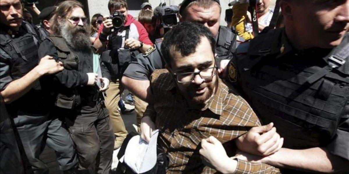 Decenas de detenidos en una protesta gay no autorizada frente a la Duma de Moscú