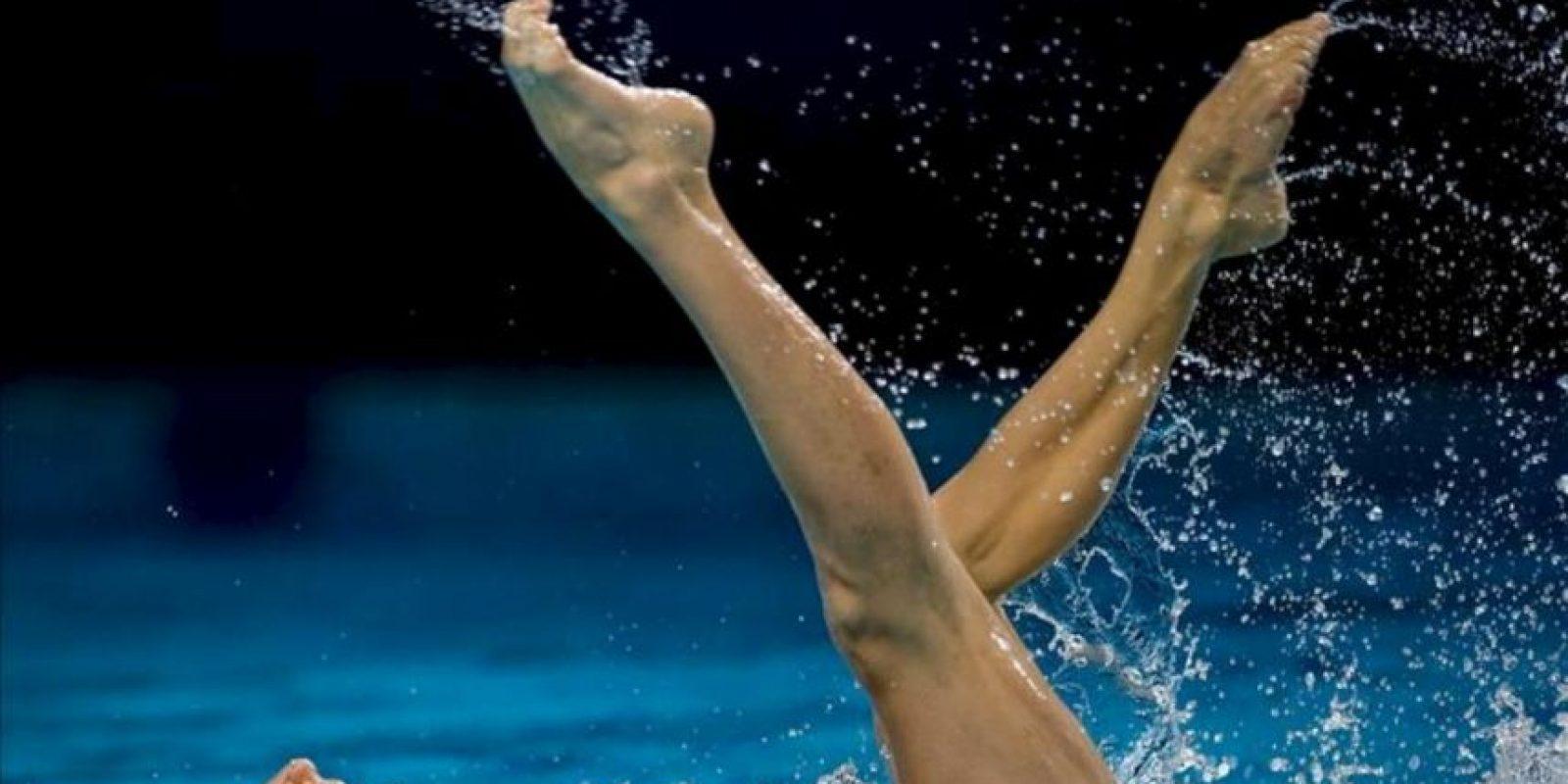 Las españolas Andrea Fuentes y Ona Carbonell compiten en la modalidad de Dúo de los campeonatos de Europa de natación sincronizada que se celebran en Eindhoven, Holanda. EFE
