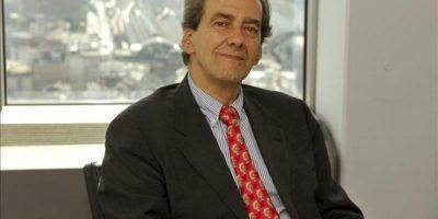 El miembro del comité ejecutivo del Banco Central Europeo (BCE), José Manuel González-Páramo, en la sede de la entidad monetaria en Fráncfort, momentos antes de la entrevista con EFE. EFE