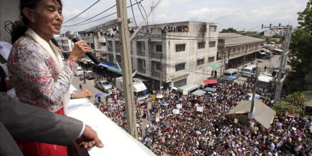 Suu Kyi se compromete en Tailandia a ayudar a los inmigrantes de Birmania