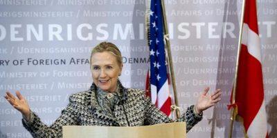 La secretaria de Estado estadounidense, Hillary Clinton, ofrece una rueda de prensa en la sede del ministerio de Exteriores danés, en Copenhague, el 31 de mayo. EFE/Keld Navntoft
